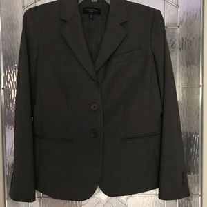 Size 6P Grey blazer. Suit with size 4P skirt